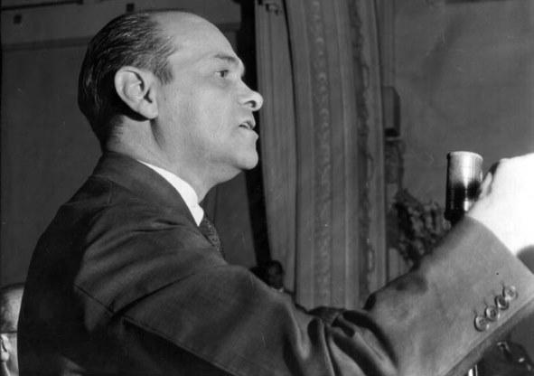 Reportagem de 1967: MDB quer atenuar Lei de Seguranca Nacional