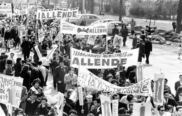 Reportagem de 1970: Chile: Está para sair a resposta – Allende aceita tudo, e ganha as eleições