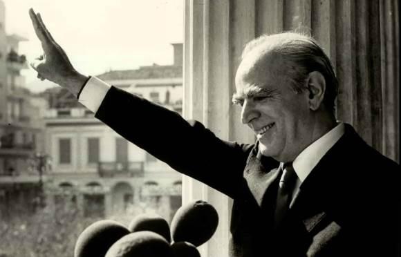 """Matéria de 1974: Fim da feroz """"ditadura dos coronéis"""" — a Grécia volta a ter um governo civil"""