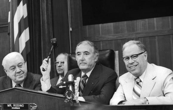 Matéria de 1974: EUA: Impeachment – outra derrota de Nixon