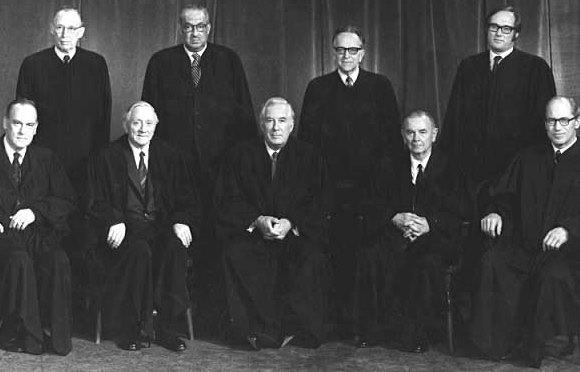 Matéria de 1974: EUA: O caso Watergate na Suprema Corte