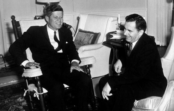 Matéria de 1981: Superpotências: A volta à negociação