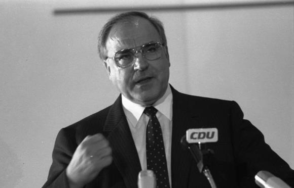 Matéria de 1983: Alemanha: Um plebiscito nuclear