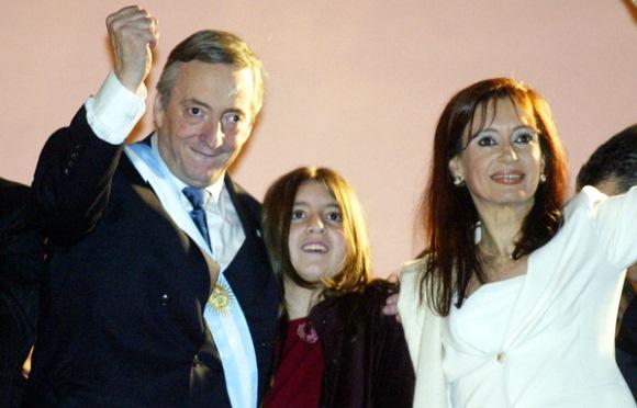Artigo de 2003: A torcida por Kirchner não queria esse desfecho