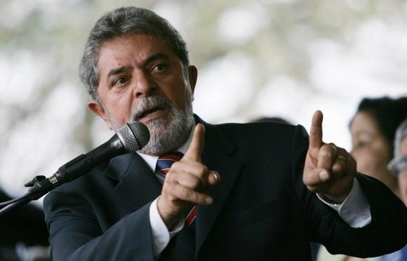 Artigo de 2004: O episódio do IBGE é um vexame para Lula