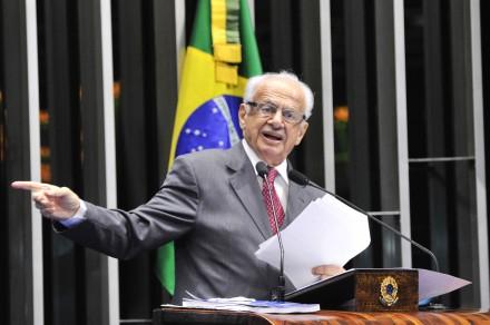Simon quer que Conselho de Ética investigue membros da CPI do Cachoeira (Foto: Geraldo Magela / Agência Senado)