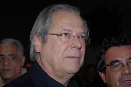 Dirceu tem direito de não gostar de sua condenação, mas não de ofender o Supremo (Foto: Tércio Teixeira / Futura Press)