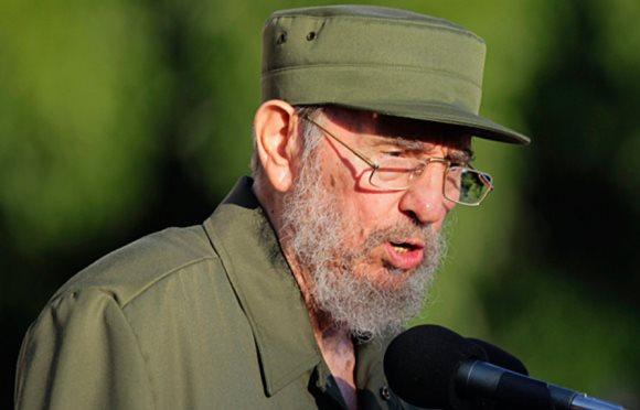 RESULTADO DA ENQUETE: Fidel Castro foi o caudilho mais votado por nossos leitores como o próximo a, quando morto, ser exibido em urna de vidro