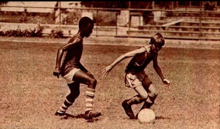 """Na escolinha do Flamengo: em cinco anos, de """"Caroço"""" a supercraque (Foto: A. J. B.)"""