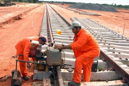Seria, a construção, interminável, da ferrovia Norte-Sul, uma das realizações de Dilma?