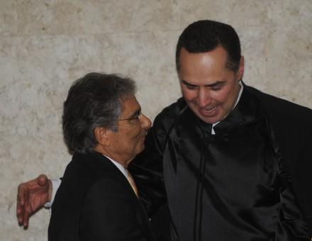 Luís Roberto Barroso ocupa a vaga deixada pelo ministro Carlos Ayres Britto, no STF: leitores acham que trocas influenciaram na diminuição das penas dos mensaleiros (Foto: José Cruz/ Agência Brasil)