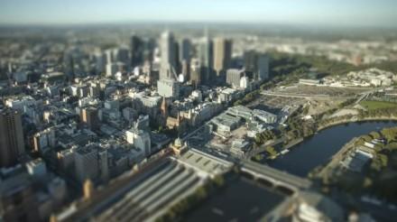 """Trecho de """"Miniature Melbourne"""": dá vontade de se mudar para lá (Imagem: reprodução)"""
