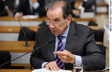 Senador Aloysio Nunes Ferreira: servidor baderneiro cometeu vários crimes e deve ser punido ela Câmara (Foto: Agência Senado)