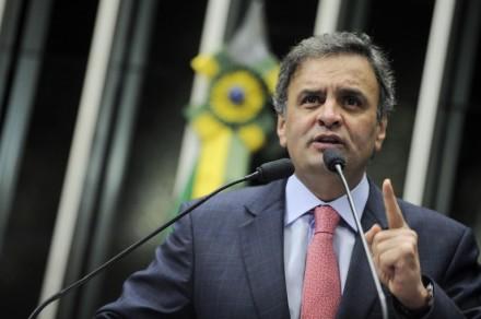 """Este post é especialmente destinado aos leitores que me cobram comentar o suposto """"desvio de verbas da saúde"""" praticado por Aécio Neves quando governador de Minas"""