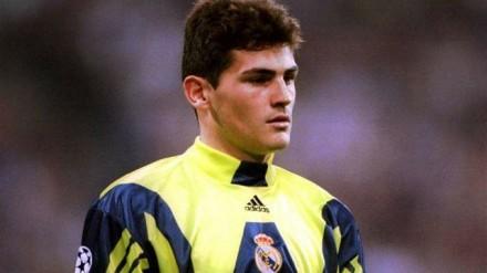 Aos 19 anos, na final da Champions em Glasgow na qual o Real Madrid bateu o Valencia em Paris (Foto: Real Madrid)