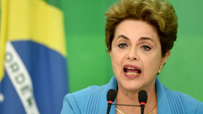 """MENTIRA TEM PERNA CURTA: Dilma apelou de forma absurda ao afirmar que governo Aécio incluiu """"vacina para cavalo"""" como despesa de saúde. VEJAM A VERDADE SOBRE O CASO"""