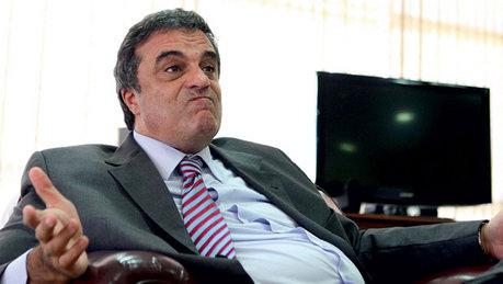 O ministro da Justiça, José Eduardo Cardozo: (Foto: veja.abril.com.br)