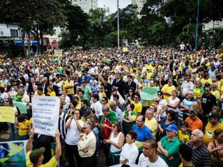 FRANCA (SP): 340 mil habitantes, a 400 km de São Paulo, também não se omitiu (Foto: Igor do Vale/Futurapress)